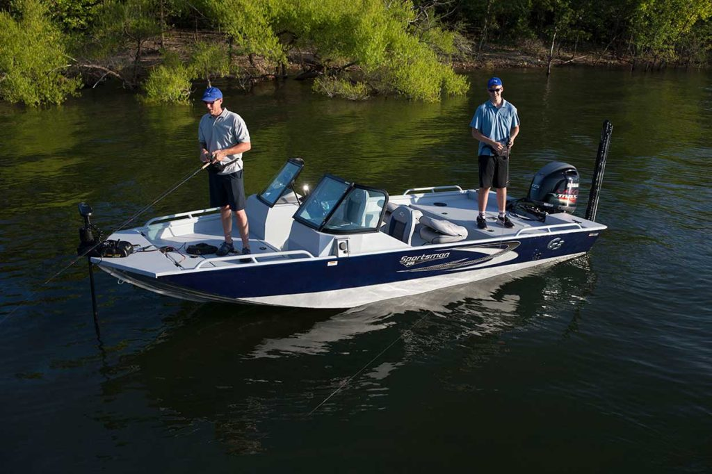 Nashville-Marine-Blog---Sportsman-200-Fishing-copy