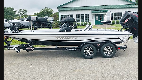 2020 Phoenix Boats 920 Pro XP #303
