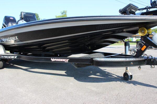 Nashville-Marine-Phoenix-Boats-919-Pro-XP-UCTP16-2.jpg